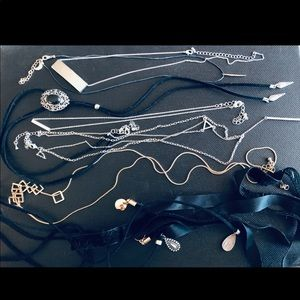 Necklace Jewelry Assortment Lariat Velvet Choker